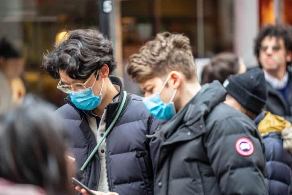 Masque obligatoire dans la rue