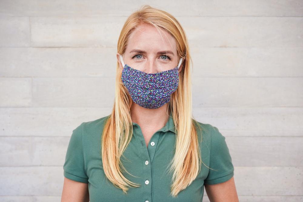 Masque tissu personnalisé : communiquez autrement
