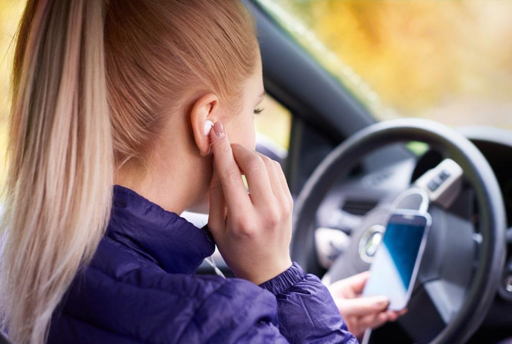 Téléphone au volant : les sanctions et statistiques 2